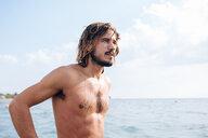 Man at seaside - CUF46961