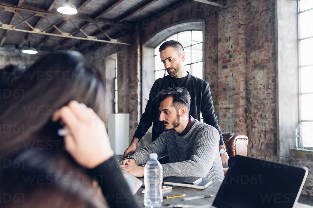 Designers at work in studio - CUF47273 - Eugenio Marongiu/Westend61