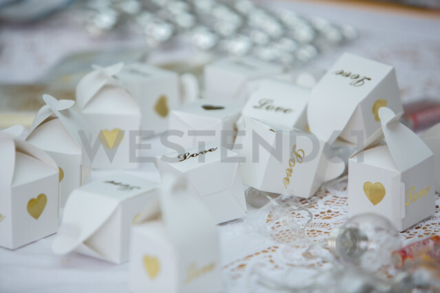 Boxes of confetti at wedding - CUF47453