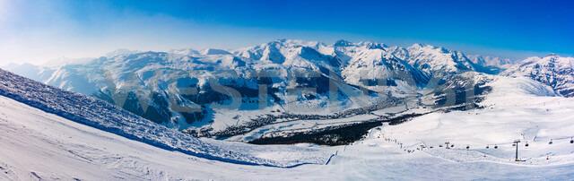 Snow covered Alps, Livigno, Mottolino, Italy - CUF47702