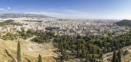 Panorama, Blick auf Odeon, Theater des Herodes Atticus, Philopapposmonument, Akropolismuseum, Hadrianstor, Olympieion, Tempel des Olympischen Zeus, Panathinaiko-Stadion, Athen, Griechenland - MAMF00334