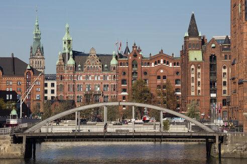 Germany, Hamburg, Speicherstadt, Speicherstadt town hall, Busan bridge - WI03735