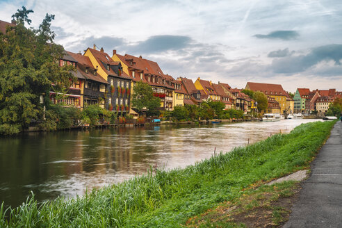 Germany, Bavaria, Bamberg, Little Venice and Regnitz river - TAMF01142