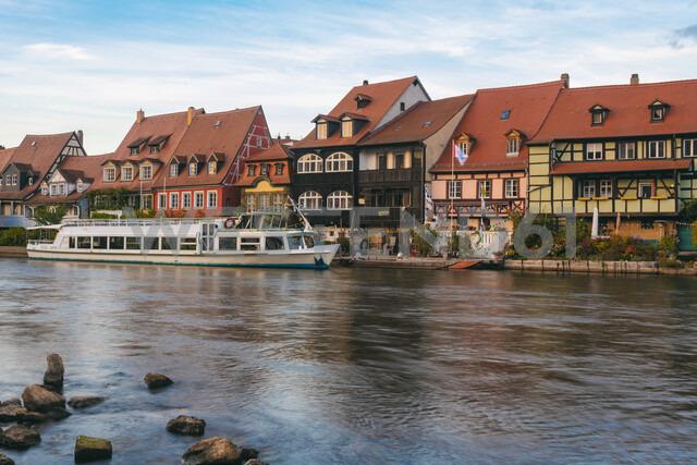 Germany, Bavaria, Bamberg, Little Venice and Regnitz river - TAMF01145