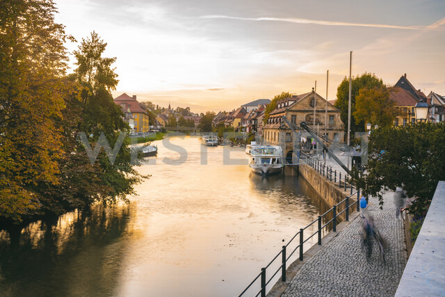 Germany, Bavaria, Bamberg, old town, Regnitz river at twilight - TAMF01148