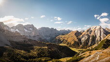 View over valley, Karwendel region, Hinterriss, Tirol, Austria - CUF48315