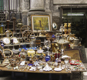 Italy, Naples, antique shop - WW04857