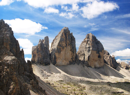 Italy, South Tyrol, Sexten Dolomites, Tre Cime di Lavaredo - WWF04863