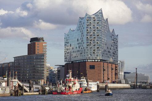 Germany, Hamburg, HafenCity, Elbe Philharmonic Hall and Kehrwiederspitze - WIF03770