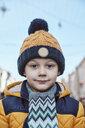 Portrait of a little boy, wearing wooly hat - ZEDF01820