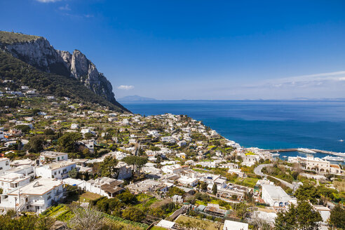 Italy, Campania, Capri, Buildings aginst the sea - FLMF00096