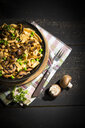 Ribbon noodles with Crimini Mushrooms, peas and chickpeas - MAEF12775