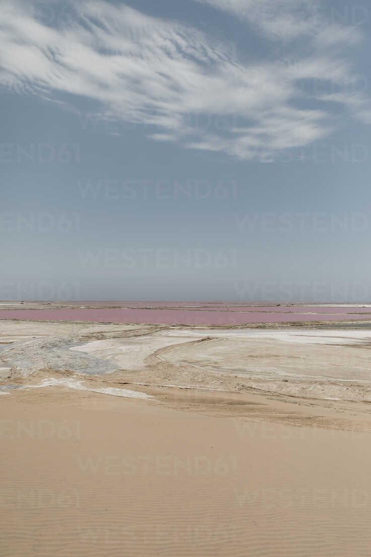 Namibia, Walvis Bay, Pink Lagoons - LHPF00419 - letizia haessig photography/Westend61