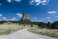 USA, Wyoming, Devils Tower National Monument - RUNF01047