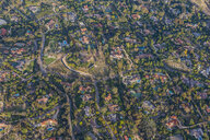 USA, California, Del Mar, Aerial view of villas - RUNF01099