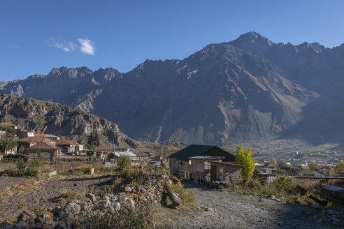 Georgia, Greater Caucasus, Stepantsminda, old village centre - KEBF01112