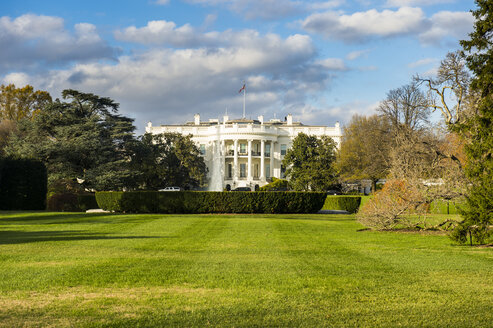 USA, Washington DC, view to White House - RUNF01137