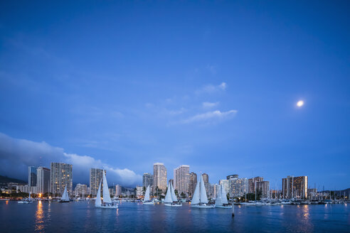 USA, Hawaii, Oahu, Honolulu and Ala Wai Boat Harbor at blue hour - FOF10321