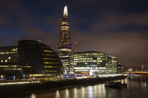 United Kingdom, England, London, Southwalk, River Thames with City Hall and The Shard at night - WIF03818