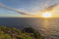 USA, Hawaii, Oahu, Honolulu, View from Makapu'u Point, Lighthouse at sunrise - FOF10338