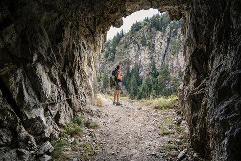 Schweiz, Kanton Wallis,Wanderung Massaweg Blatten nach Ried Mörel - DMOF00129
