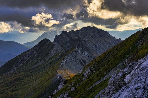 Italy, Veneto, Dolomites, Alta Via Bepi Zac - LOMF00813