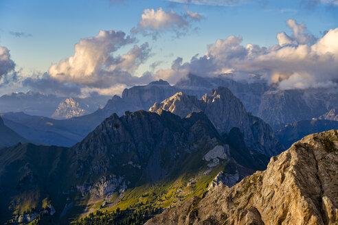 Italy, Veneto, Dolomites, Alta Via Bepi Zac, Sunset - LOMF00819