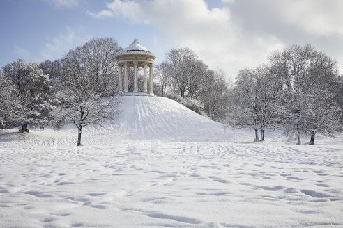 Germany, Munich, English Garden, Monopteros in winter - RBF07011