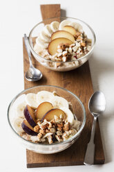 Cereals with banana and plum - EVGF03422
