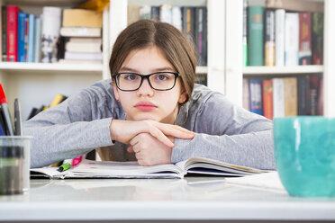 Portrait of discontent schoolgirl - LVF07822