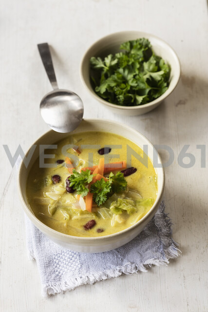 Asian soup with pointed cabbage - EVGF03438