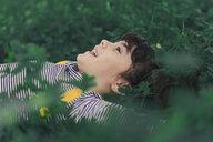 Happy little girl enjoying nature - ERRF00785
