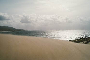 Spain, Tarifa, view from sand dune to the sea - OCMF00295