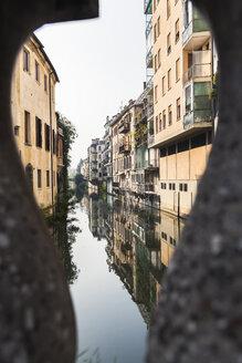 Italy, Veneto, Padua, city canal and building facades - FLMF00158