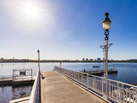Germany, Hamburg, Alster Lake, pier Rabenstrasse - WDF05157