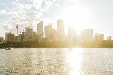 Australia, New South Wales, Sydney, financial district of Sydney against backlight - KIJF02355