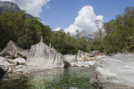 Switzerland, Ticino, Verzasca Valley, Verzasca river and mountain scenery - GWF05943