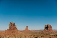 USA, Utah, Navajo Nation, Monument Valley - GEMF02864