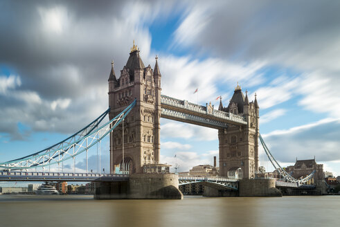 UK, London, Tower Bridge - MKFF00438