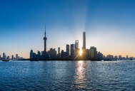 The Bund and Pudong skyline at sunrise, Shanghai, China - CUF49813