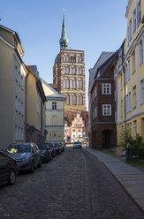 Germany, Mecklenburg-Western Pomerania, Stralsund, Old town, St. Nicholas' Church - MAMF00497