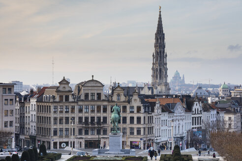 Belgium, Brussels, View from Mont des Arts, Townhall and lower city - WIF03869