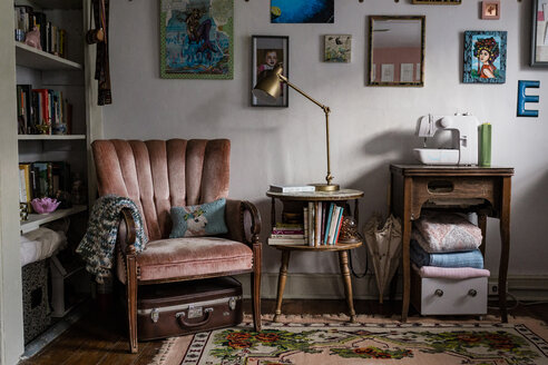 Furniture with decorations and books arranged at home - CAVF63222
