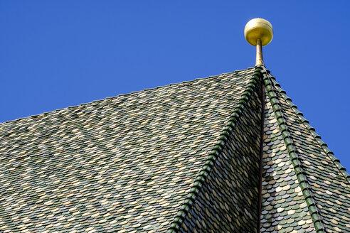 glasierte Dachziegeln,  Augustiner-Chorherrenstift Kloster Neustift bei Brixen, Südtirol, Alto Adige, Italien, - LBF02442