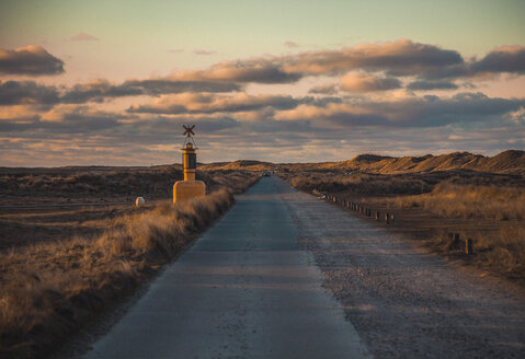 Germany, Sylt, schleswig Holstein Wadden Sea National Park, dune landscape, Ellenbogen, road, evening light - ANHF00063