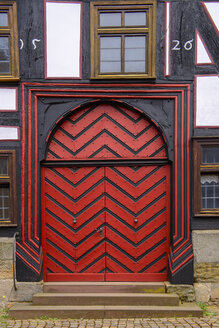 Germany, Fritzlar, old town, front door of the wedding house - LBF02483