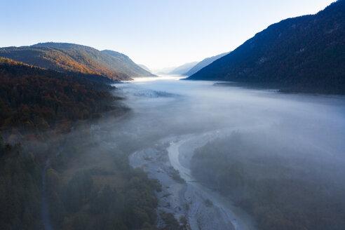 Germany, Upper Bavaria, Upper Isar Valley, Isar river between Wallgau and Vorderriss - SIEF08450