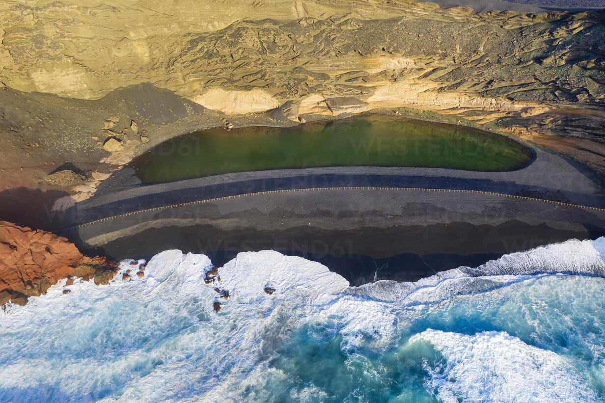 Spain, Canary Islands, Lanzarote, Aerial view of El Golfo, Charco de los Clicos, Montana del Golfo, Lago Verde - SIEF08461 - Martin Siepmann/Westend61