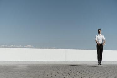 Ballet dancer practising on roof terrace - AFVF02692