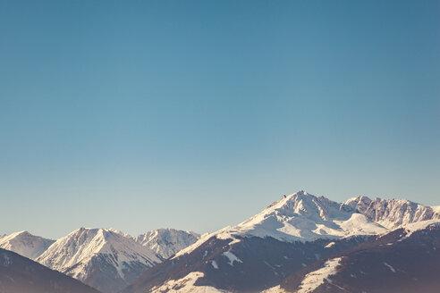 Austria, Tyrol, Snow-capped Alps near Innsbruck - FLMF00172